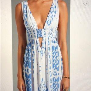 Indah Anjeli Plunging V deep neck Maxi Dress S